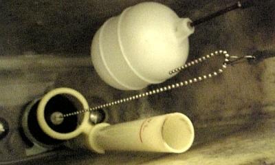 トイレタンク11.JPG